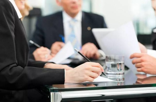 FRM持证人前景如何,FRM工作有哪些,FRM年薪多少