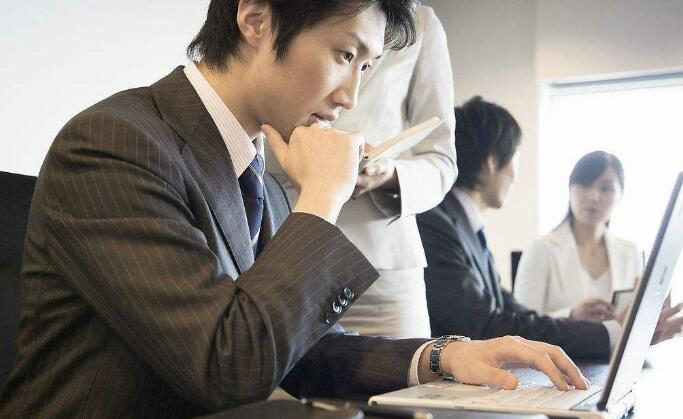 FRM就业前景如何,FRM职位有哪些,FRM年薪多少