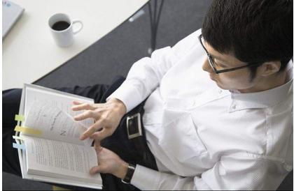 """金融门外汉+英语困难户的""""学渣""""该如何通过CFA考试?"""