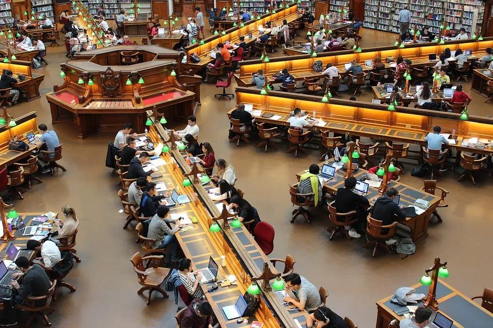 大学生考CFRM证书,对找工作有什么帮助?